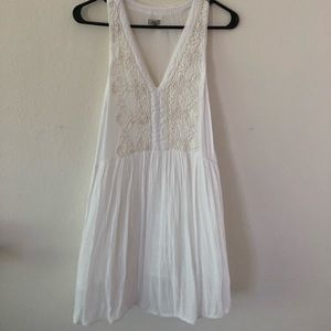 Urban Outfitters Ecote White Flowy Dress (size S)
